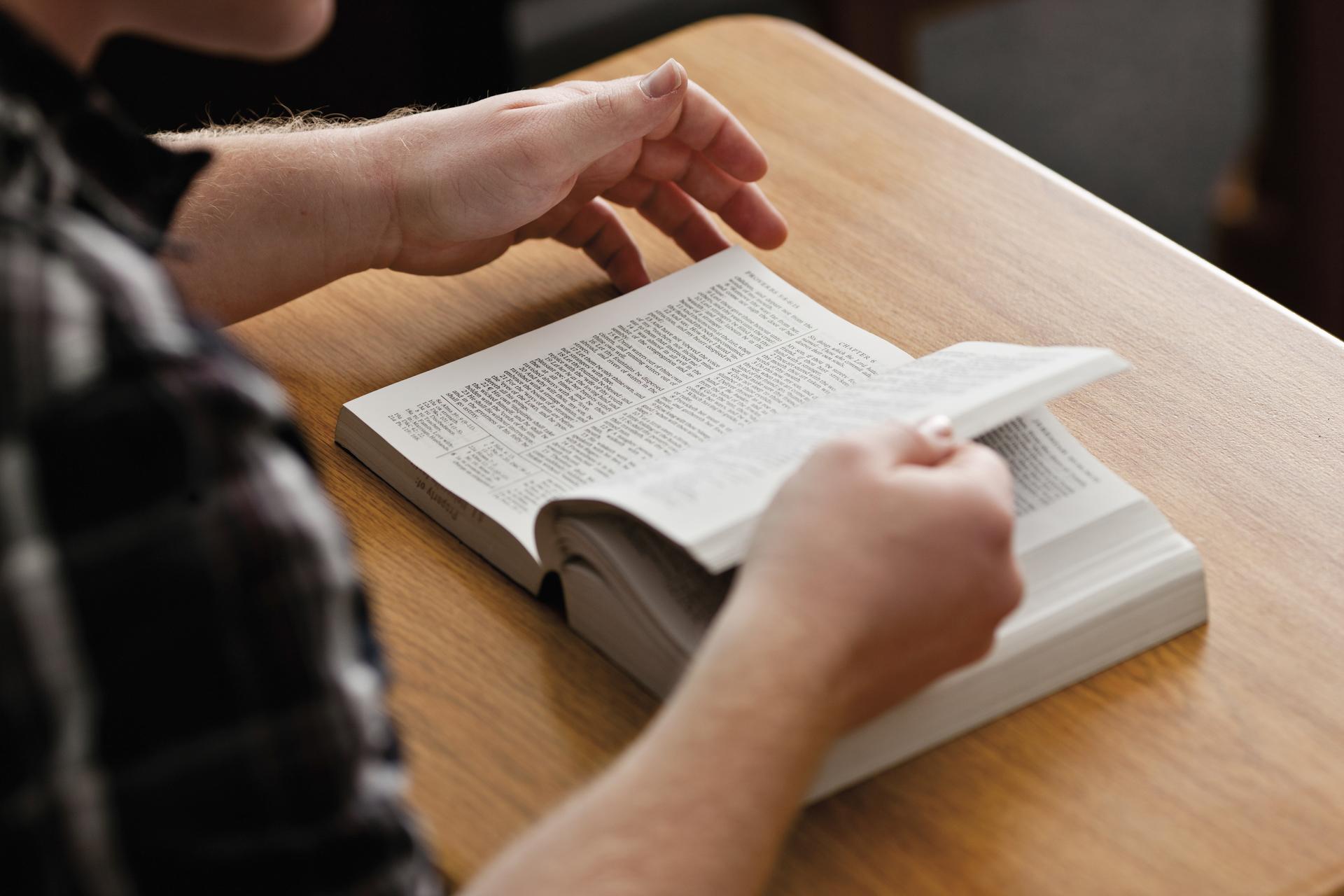 Hoe leest u? Ten derden dage opgewekt – Drie dagen en drie nachten